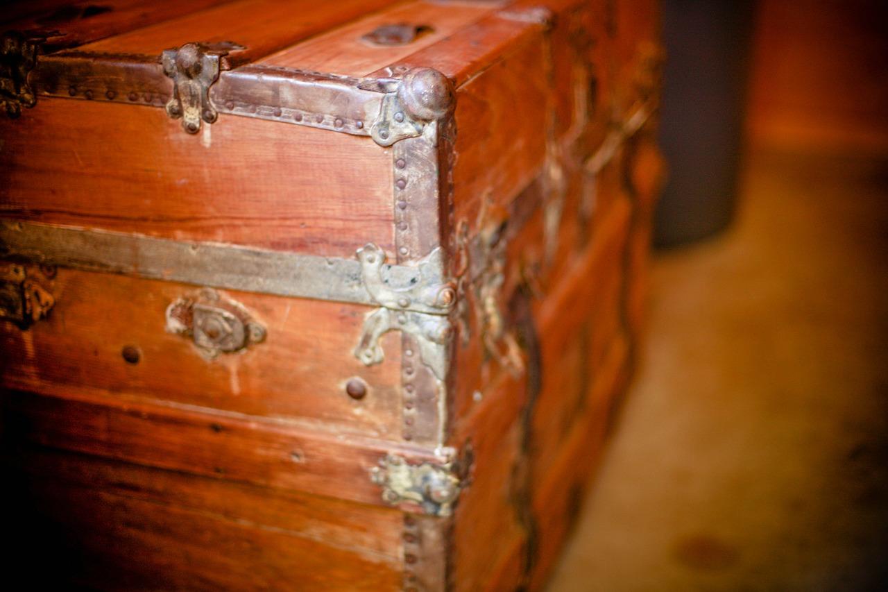 wooden-box-349703_1280